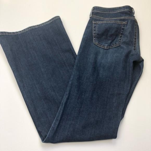 Ag Adriano Goldschmied Denim - AG Adriano Goldschmied The Belle flare in size 28